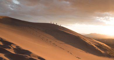 Todos los días se cruza el desierto